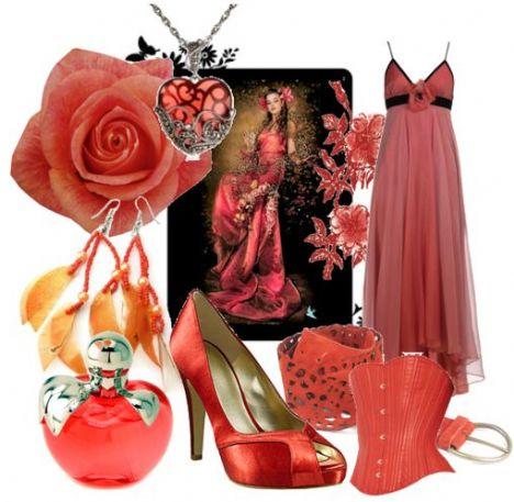 Pembemsi çiçek detaylı üfül üfül gece elbisenize, mat bir ayakkabıyla kombinlerseniz, gecenin yıldızı siz olabilirsiniz.